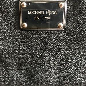 Michelle Kors cross body bag